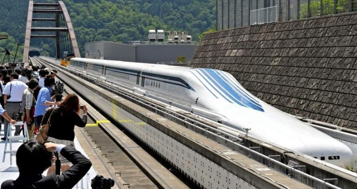 Japan wants to Build the World's fastest Train in the US