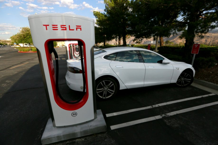 Tesla-Automative